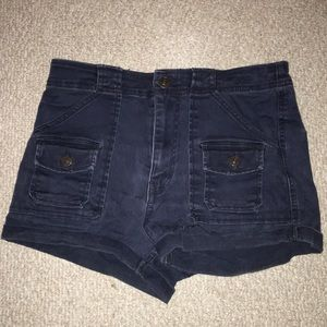 ABERCROMBIE & FITCH dark wash pocket shorts